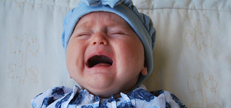 neonato piange consigli